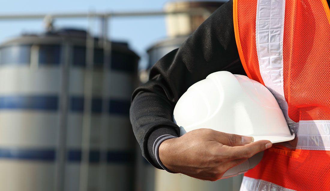 Location-tremblay-construction-hat-638-compressor